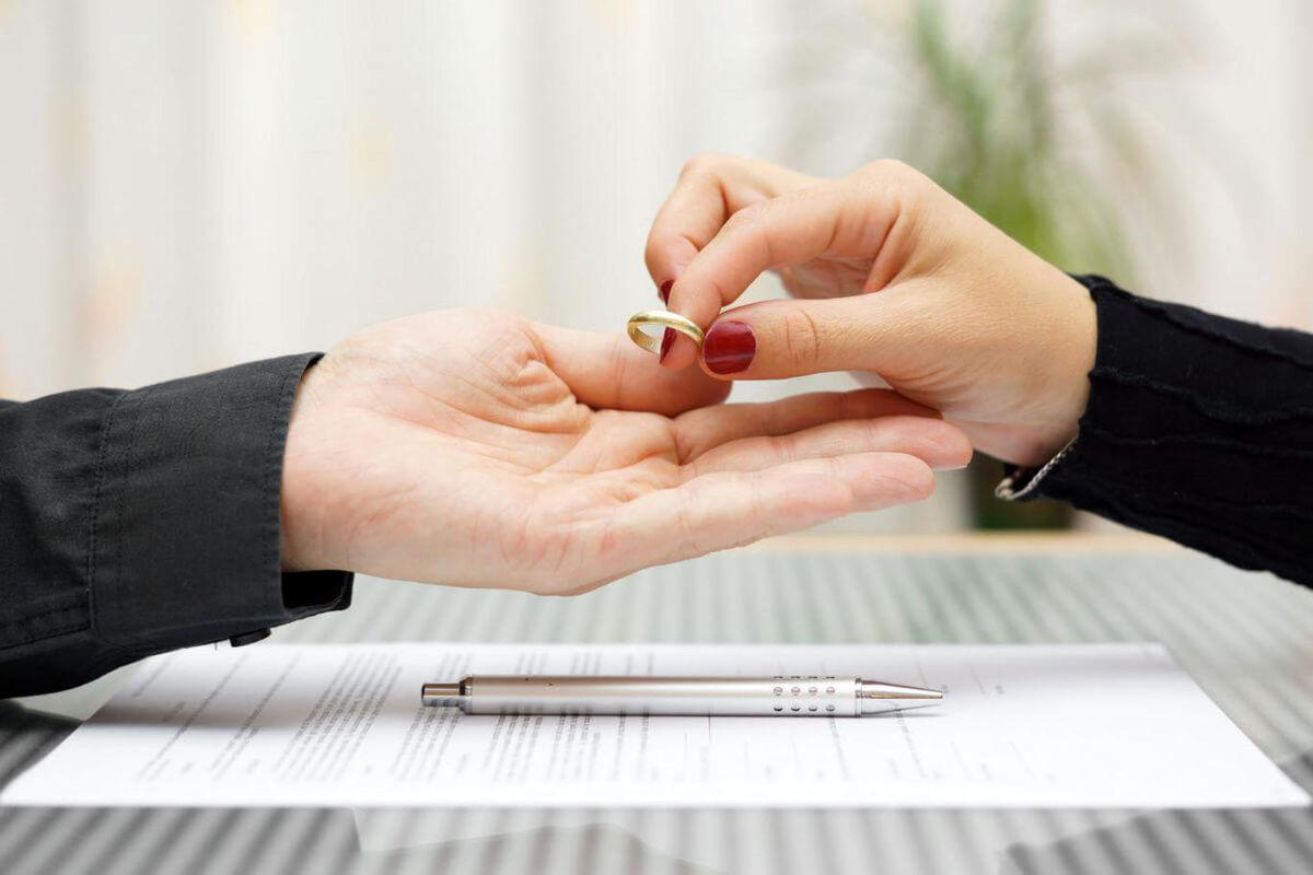 «طلاق صوری» چقدر درآمد دارد؟!
