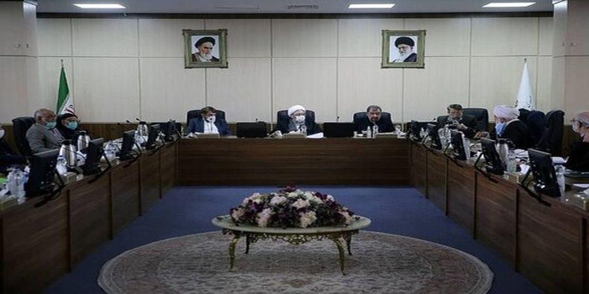 حسن روحانی رئیس مجمع تشخیص مصلحت می شود یا علی لاریجانی؟