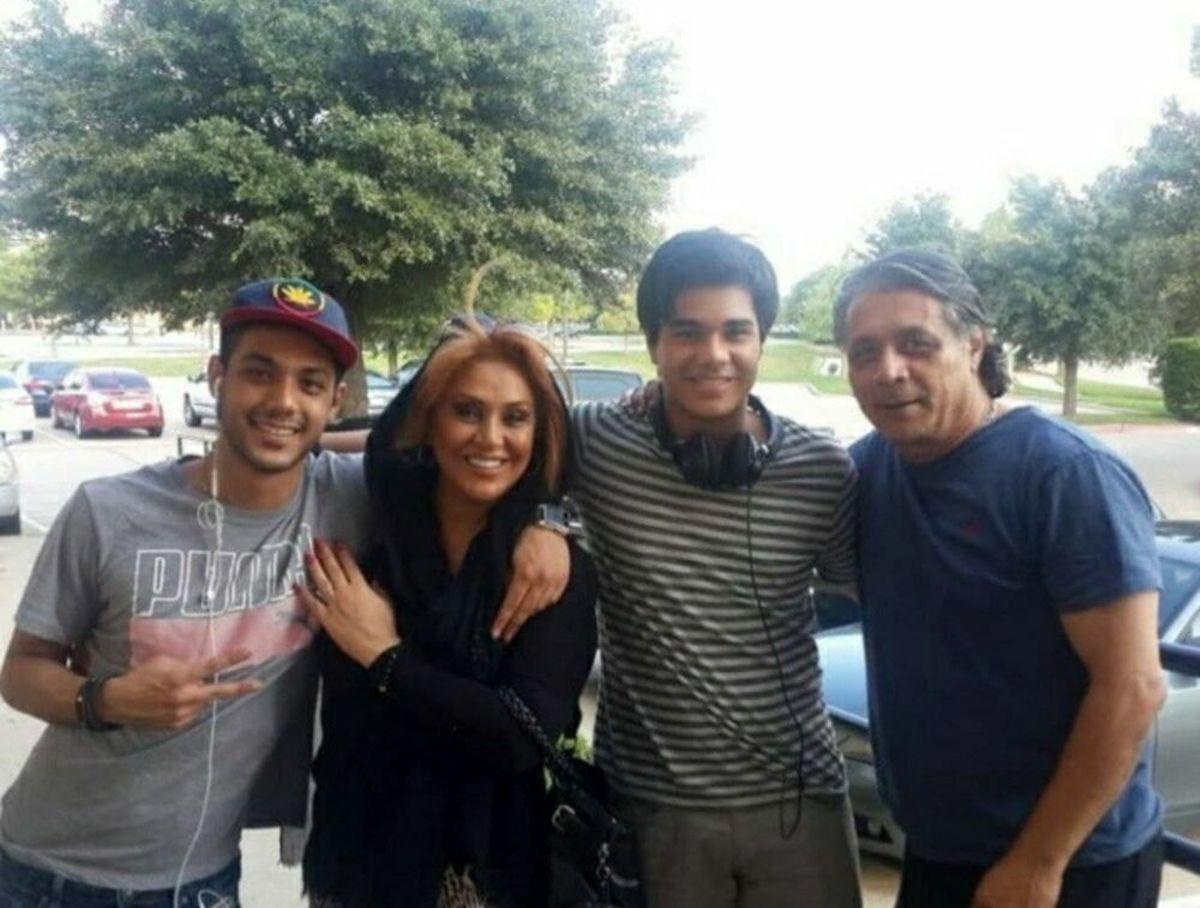 بازیگر زن مشهور ایرانی در کنار همسر و فرزندانش در تگزاس آمریکا / عکس