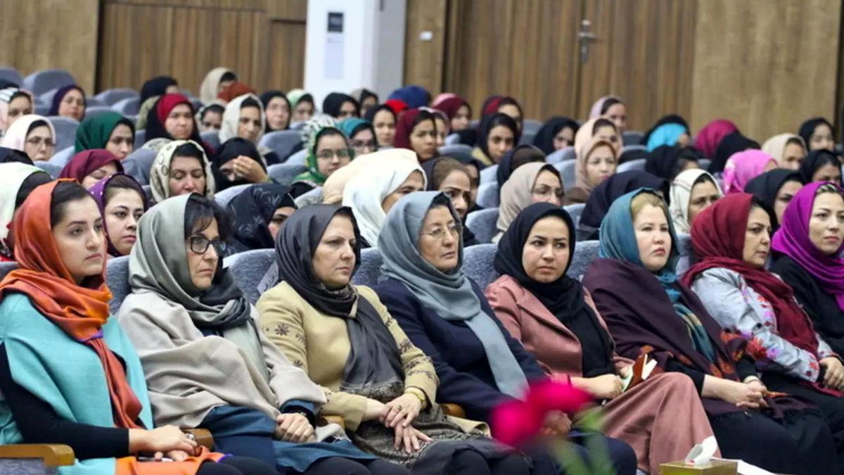 ایران نمایندگان زن مجلس افغانستان را فراری داد!